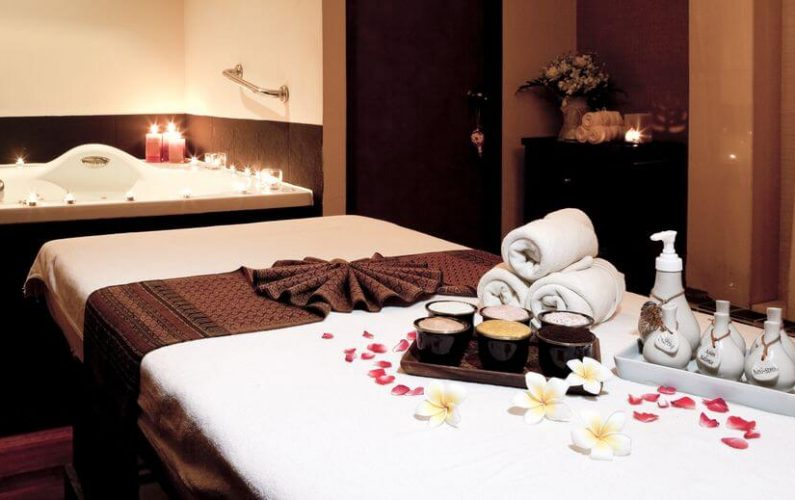 What Is Aromatherapy Massage And Can It Really Promote Relaxation?