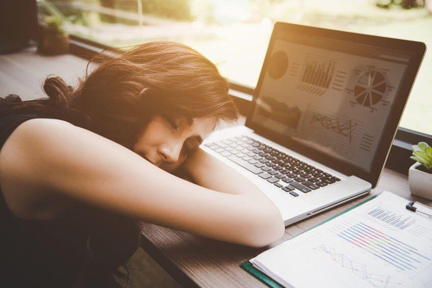 Benefits Of Power Naps (Plus The Dos And Don'ts You Should Know)