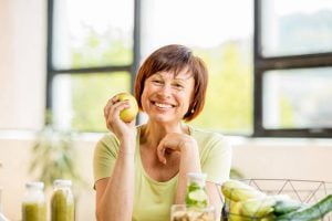 senior eating healthy | Unify Health Labs