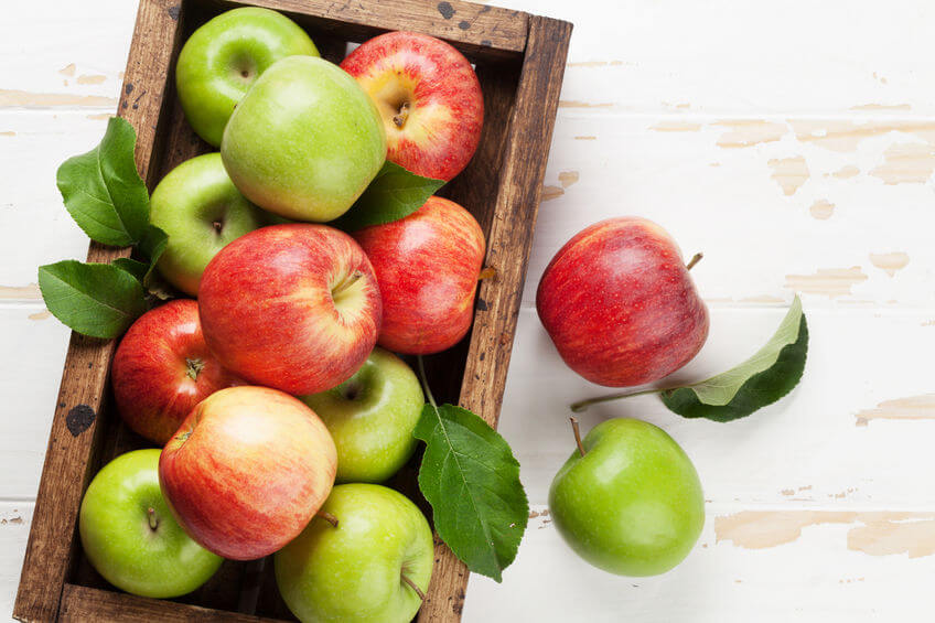 Apple Calories: Nutritional Facts And Health Benefits Of Apple With Skin And Raw